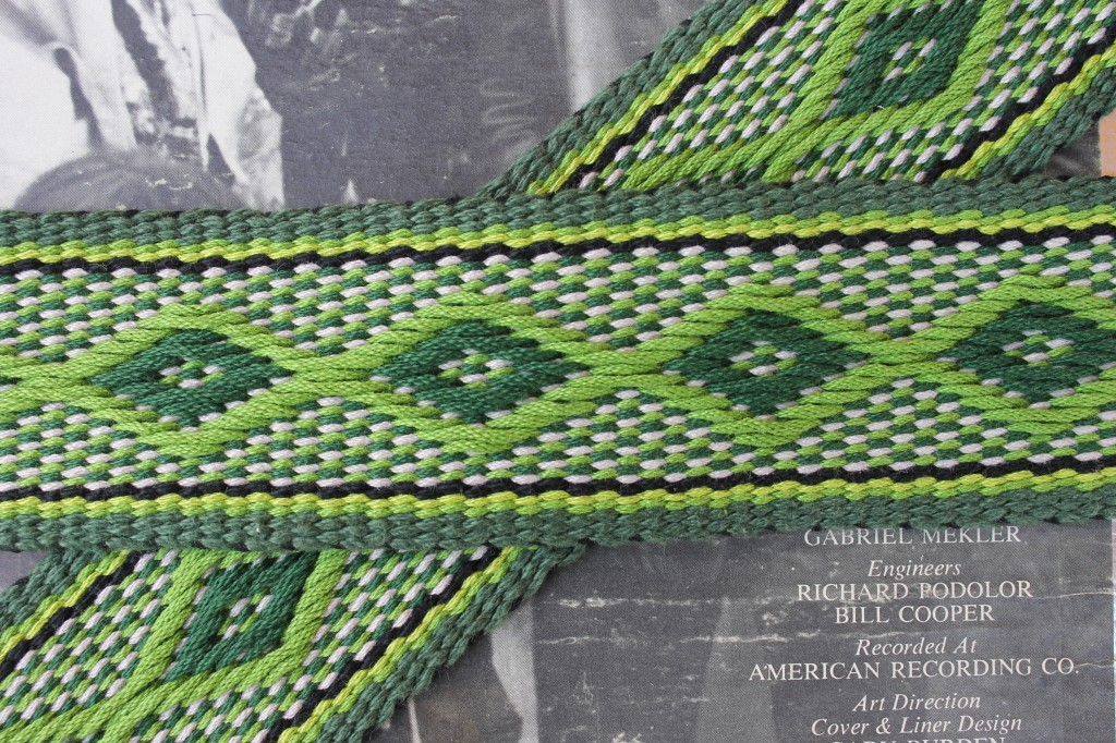 diamond pattern guitar strap